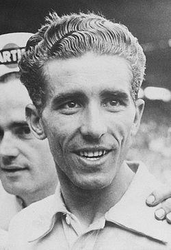 Federico Martin Bahamontes durante el Tour de 1962 Los 7 Mejores Ciclistas de la Historia del Tour de Francia