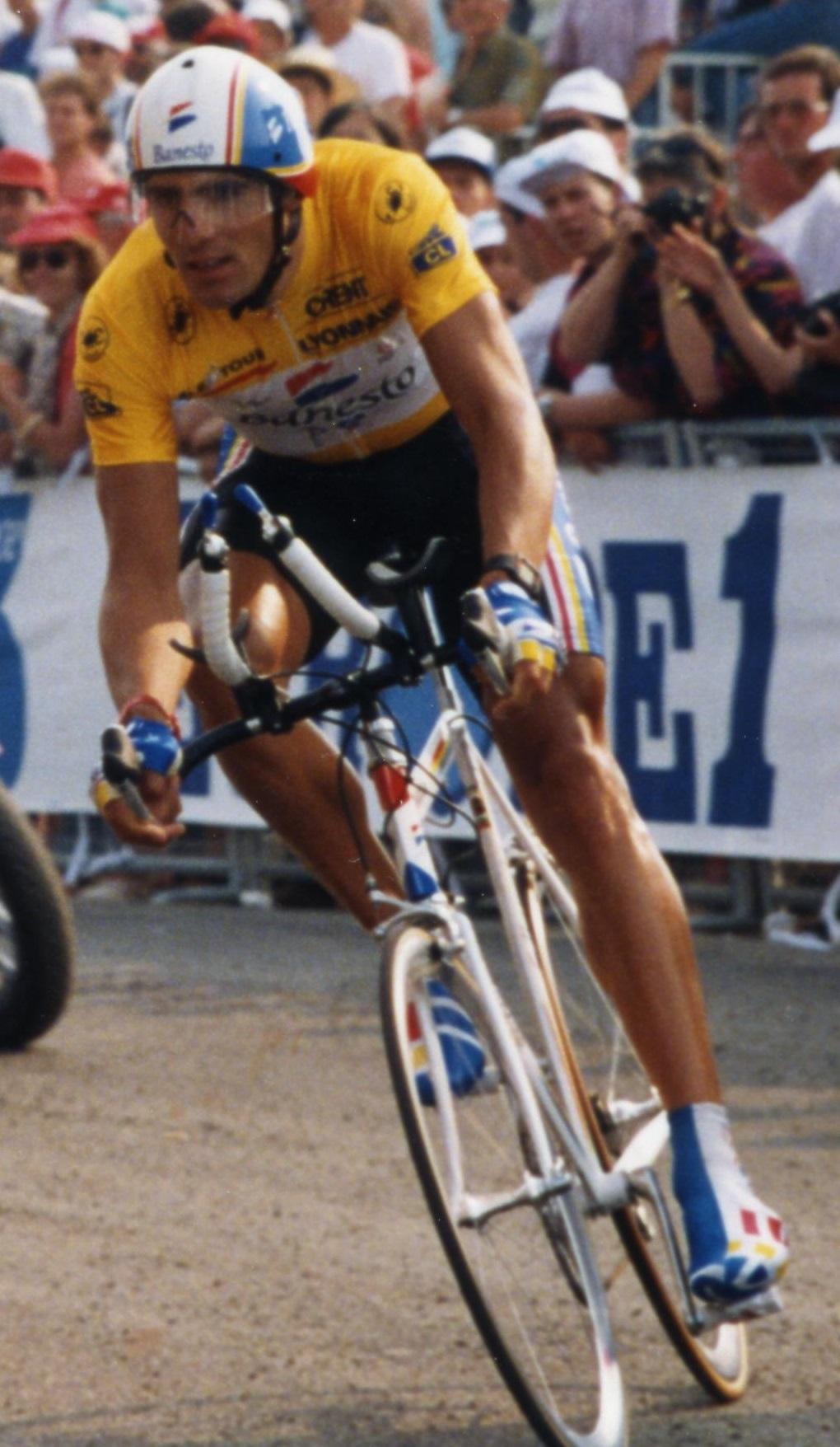 Miguel Indurain durante el Prólogo del Tour de 1993 Los 7 Mejores Ciclistas de la Historia del Tour de Francia