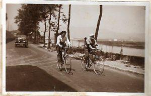 Chupito Echevarria y Amézola Ruta Bilbao-París en 8 días en Bicicleta