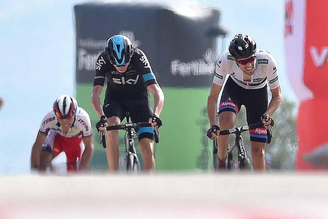 Dumoulin ganaba la novena etapa de Vuelta a España 2015 con final en las Cumbres del Sol, batiendo a Froome, ¿ Derrotará Tom Dumoulin a Chris Froome en el Tour de Francia 2018 ? Dumoulin vence a Froome en final de etapa de la Vuelta a España 2015